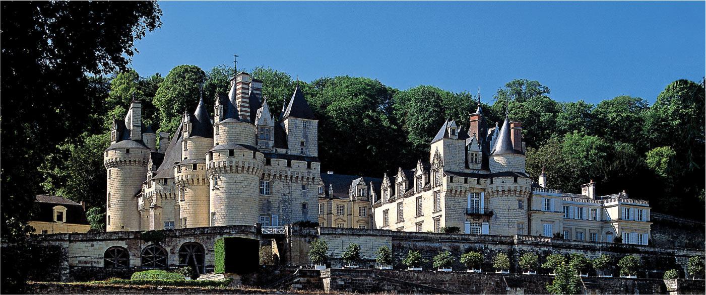 Le Château d'Ussé – Loire Castle – Château d'Ussé – de la Belle au Bois  Dormant – Château LOIRE